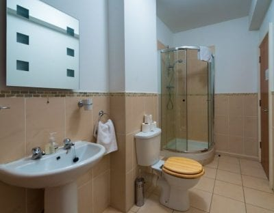 bathrom in a self catering apartment in Carrick on shannon